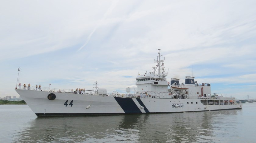 The Indian Coast Guard ship Sarang at Nha Rong Wharf in Ho Chi Minh City on August 26, 2015. Photo: Van Khoa