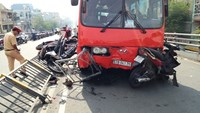 Baby girl died after southern Vietnam bus crash; investigation continues
