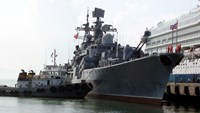 Russian battleship makes port call in Da Nang