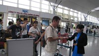 Chinese man fined for using another person's passport to fly in Vietnam