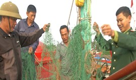 Fishers accuse Chinese boats of damaging nets in Vietnam waters