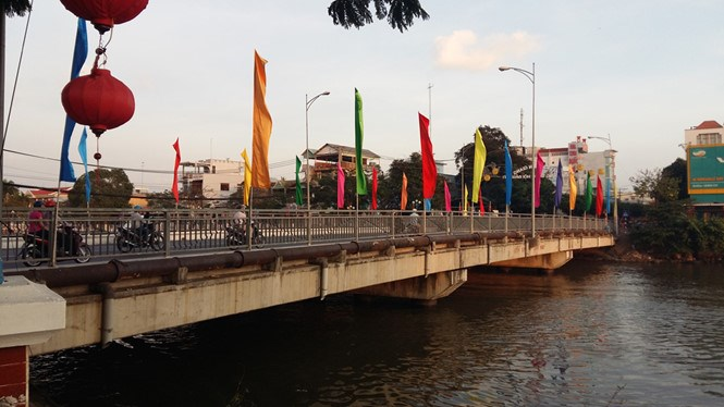 The Kenh Nhanh Bridge where the couple jumped off. Photo: Xuan Lam