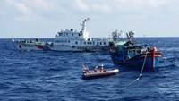 Vietnamese boat rescues 3 Chinese fishermen