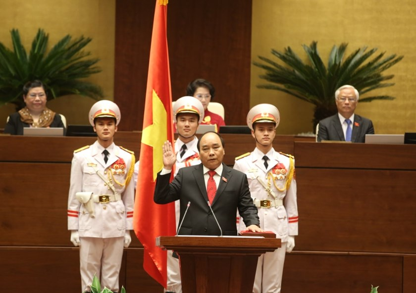 Nguyen Xuan Phuc is sworn in as Vietnam's Prime Minister in a National Assembly session on April 7, 2016. Photo: Ngoc Thang
