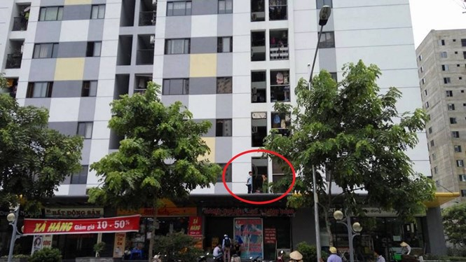 The Rainbow apartment building where a 6-year-old boy fell from the 11th floor and died on Friday. Photo: Minh Chien