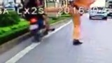 Hanoi cop suspended for kicking down motorbike rider