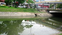 Study finds all lakes, rivers significantly polluted in Vietnam capital