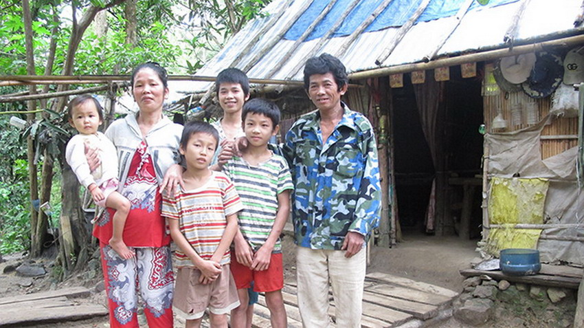 cambodia typical families Download this stock image: typical family rural house interior - cambodia, asia - ewj6rt from alamy's library of millions of high resolution stock photos, illustrations and vectors.