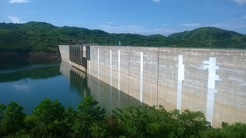 Song Tranh 2 dam in Quang Nam Province which has been a topic of scare to locals as tremors increasingly occured after it came into operation in the end of 2010. Photo credit: Tuoi Tre