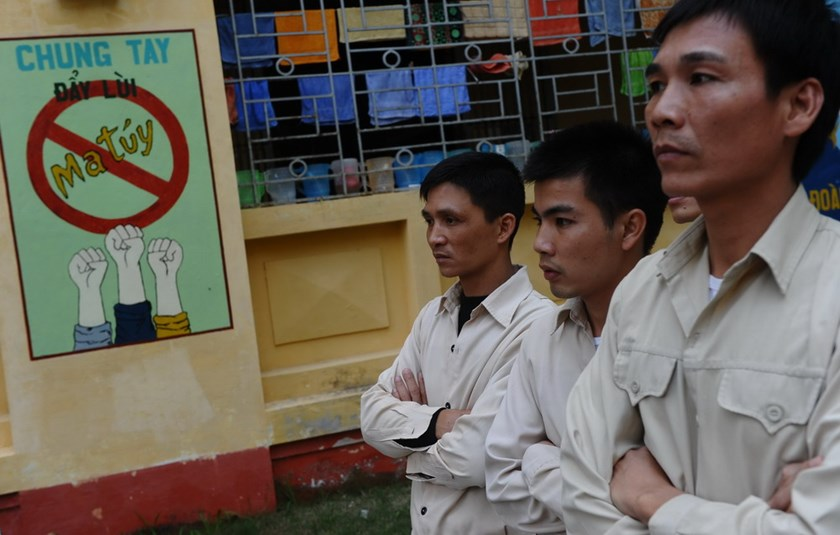 50 indicted in Vietnam for selling drugs to inmates