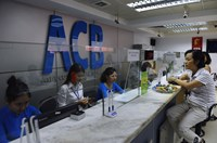An Asia Commercial Bank (ACB) outlet in Hanoi. The bank has reported rising bad debt in the first half of 2014. Photo credit: AFP