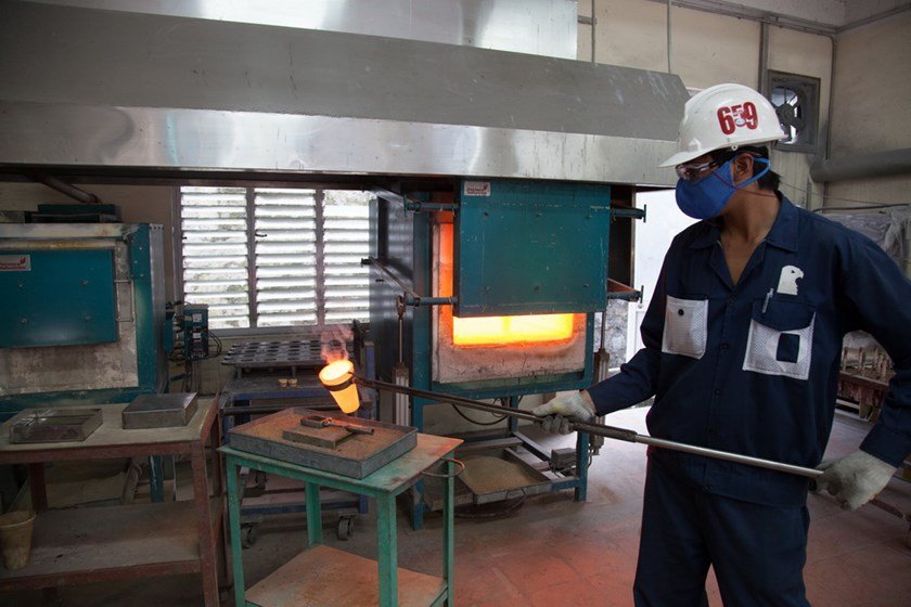 Gold production at Bersa Gold Inc. in Quang Nam province. Photo credit: Business Forum newspaper