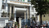The Nha Trang People's Court in central Vietnam where a former traffic officer was sentenced to 14 years in jail on August 25, 2014 for doubling motorbike registration fees and embezzling the difference. Photo credit: Tuoi Tre