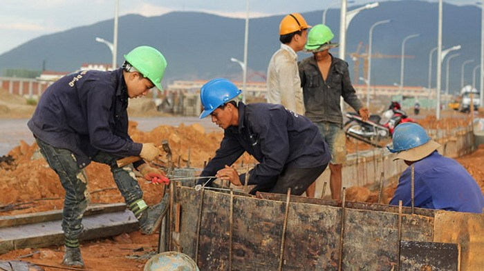 Construction workers at Taiwan's Vung Ang economic zone in Ha Tinh Province. Photo: Dinh Dan/Tuoi Tre