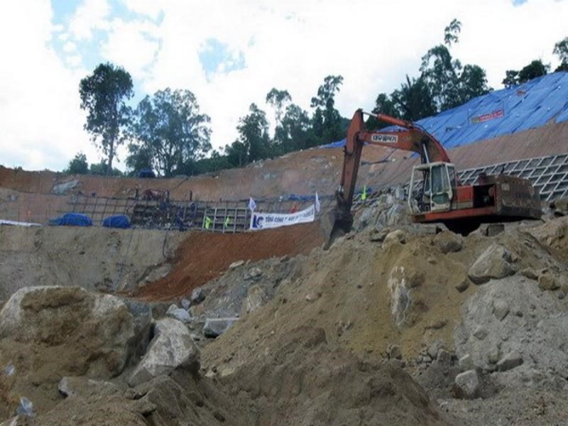 Work on the tunnel project in Ca Pass in central Vietnam, which former transport minister Ho Nghia Dung now sits on the board of. Photo credit: Vietnam News Agency