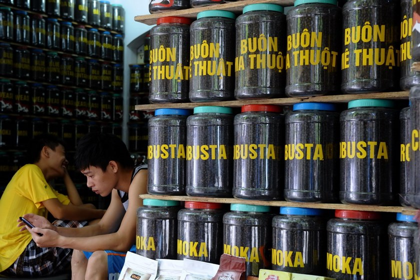 Jars of coffee at a shop in Hanoi. Coffee is among Vietnam's top exports to EU. Photo: Hoang Dinh Nam/AFP