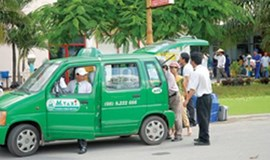 Vietnam's taxi firms to cut fares as fuel prices fall