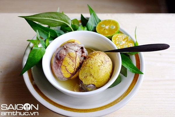 "A typical dish of ""trung vit lon"" in Hanoi, where the boiled eggs are served without their shells. Photo: Giang Vu"