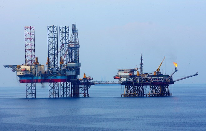 Oil rigs off the coast of southern Vietnam. Photo: Huy Hung/Vietnam News Agency