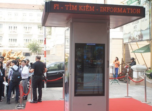 An information station that was put up in front of Ho Chi Minh City Opera House on January 28, 2015. Photo: Thanh Luan