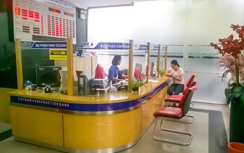 At an office of Vietnam Bank for Construction. Photo credit: Dan Tri