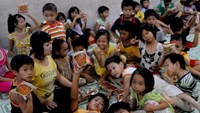 Children at the charity house of Ngo Thi Kim Van and her husband in Ho Chi Minh City. Photo credit: Tuoi Tre