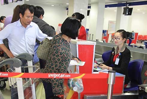 There have been several physical fights between passengers of Vietjet and its check-in staff this year. File photo