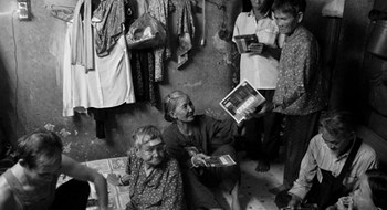 In a Saigon alley, elderly lottery vendors share stories of resilience