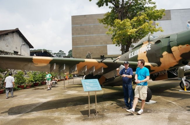 Foreigners at the War Remnants Museum in Ho Chi Minh City. Photo credit: TBKTSG