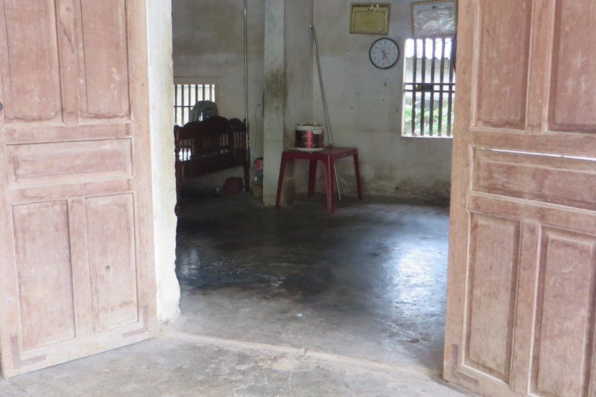 A house in Nghe An Province where a man allegedly burned his wife and son after she complained about his drinking. Photo: Thanh Hoa