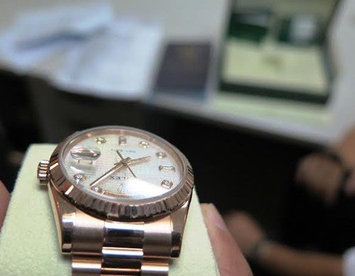 The Rolex that a Vietnamese American left in Vietnam after receiving VAT refund for it. Photo courtesy of Ho Chi Minh customs officers