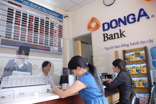 A new central bank's order means several DongA executives will lose their positions soon. Photo: Diep Duc Minh