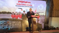 Blair Cowles, IATA's Asia-Pacific Regional Director for Safety and Flight Operations, speaks at the event.