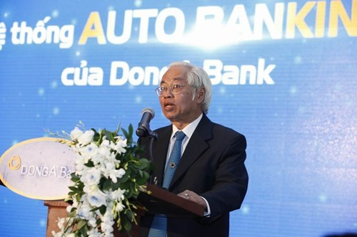 Tran Phuong Binh, former CEO of DongA, during a meeting with shareholders earlier this year. File photo