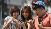 Around 90 percent of mobile consumers in Vietnam are 27 or younger. Photo credit: Zing