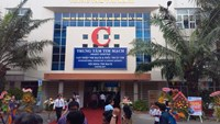 Patient dies in southern Vietnam after hospital speaker falls and hits her head