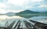 Elephant, canoe rides in Central Highlands