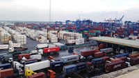 Containers at Cat Lai, which is Vietnam's largest port, in Ho Chi Minh City. Photo credit: Voice of Vietnam
