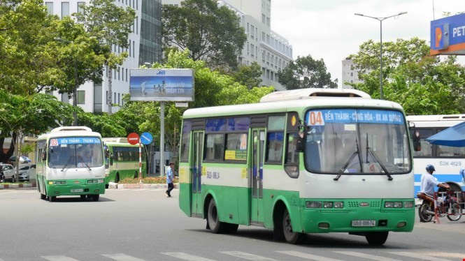 Many public buses in the city have been running for more than ten years. Photo: Diep Duc Minh