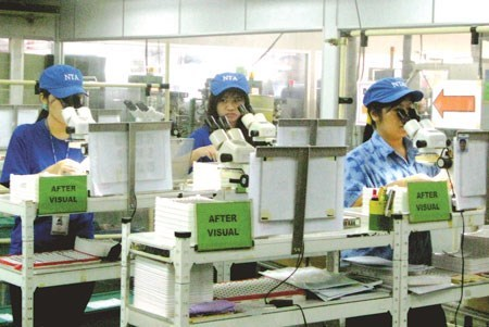 Vietnamese workers in South Korea are receiving wages many times higher than at home. Photo: V.Ha