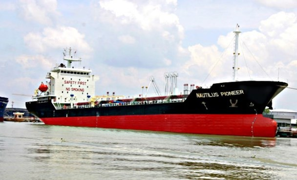 Vietnamese tanker seized in Singapore, payment dispute