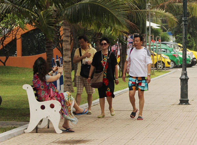 Chinese have become the second biggest group of tourists to Nha Trang. Photo credit: Ky Nam/Nguoi Lao Dong