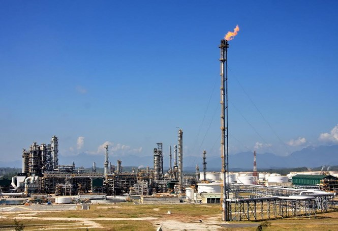 Dung Quat oil refinery in central Vietnam. Photo: Sy Van