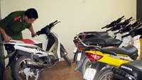 Vietnamese cops detained for keeping stolen motorbike for 6 years