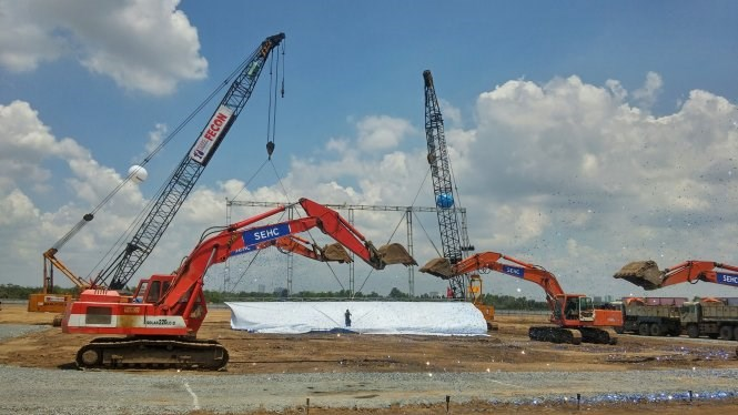 Work starts on Samsung Electronics plant in Ho Chi Minh City in May 2015. Photo: Thanh Truc/Tuoi Tre