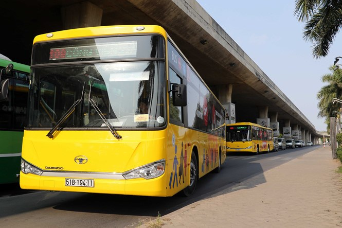A new bus service launched in Ho Chi Minh City in March that runs between Tan Son Nhat Airport and the city downtown. Photo: Doc Lap