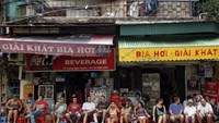 Russian tourists at beer shops in Hanoi. Photo credit: Reuters