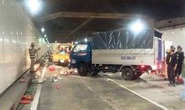 Truck crushes street sweeper in Saigon River tunnel