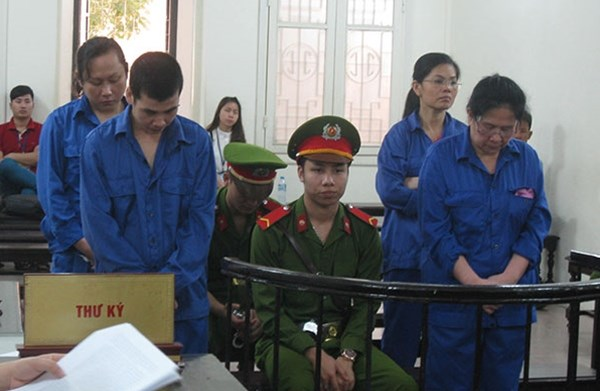 Four members of a drug smuggling ring receive death sentences in Hanoi on April 25, 2016. Photo credit: Cong An Nhan Dan