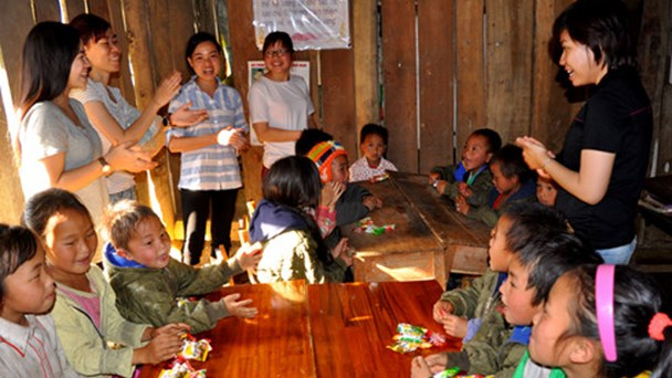 Life of Vietnamese teachers at 4,300 feet